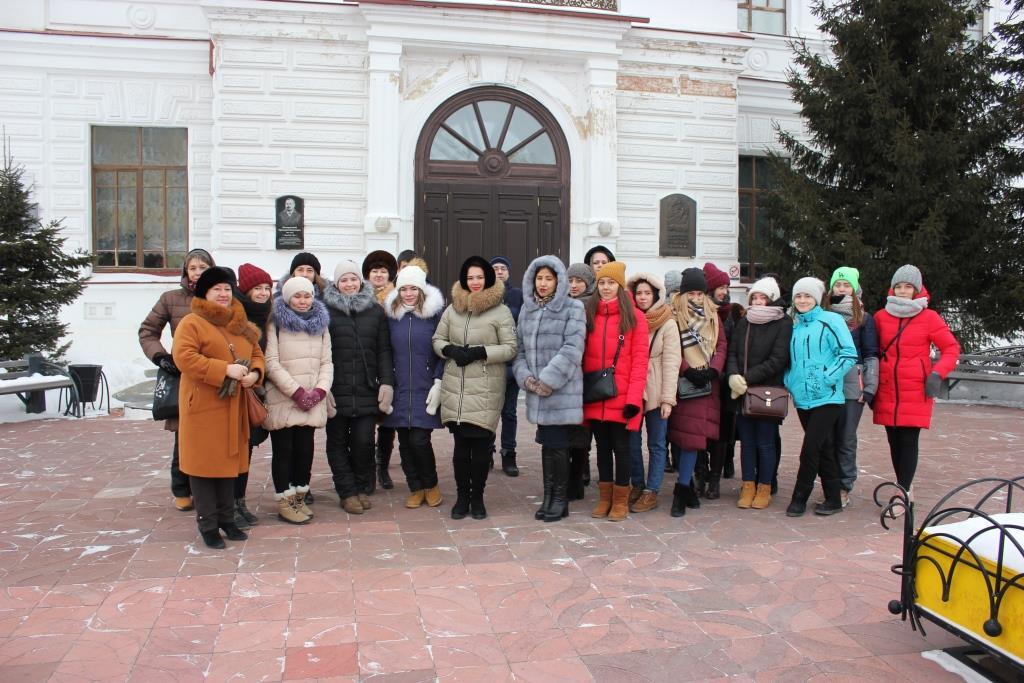Тоболяки побывали на экскурсии в здании Тобольской губернской гимназии