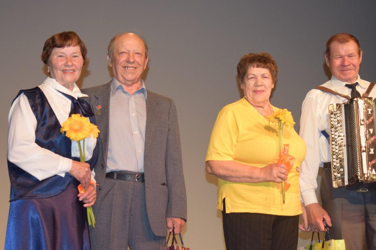 День семьи, любви и верности в Сумкино отметили праздничной программой